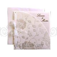 Invitaciones de boda en crema
