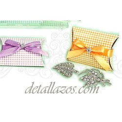 Broches con brillantes