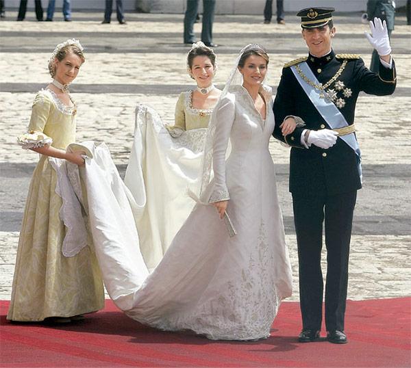 boda del principe felipe de borbon y letizia ortiz, vestidos de