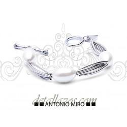 Pulsera con perlas Antonio Miro