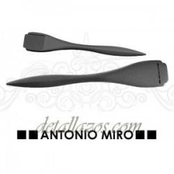 Abrecartas Antonio Miro