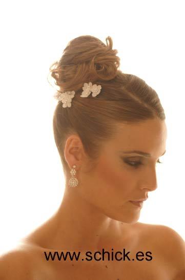 Peinados de novias altos Schik