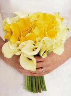 ramo de novia de calas amarillas