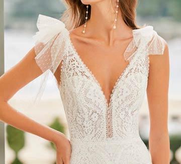 Vestidos de novia de encajes Aire Barcelona 2021