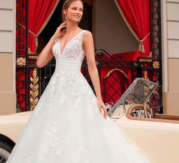 Vestidos de novia corte princesa Aire Barcelona 2021