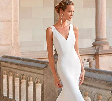 Vestidos de novia sencillos Aire Barcelona 2022