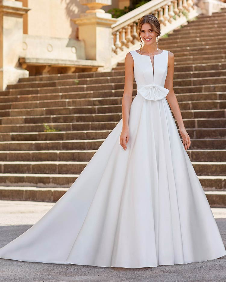 Luna Novias 2021 - traje de novia Yuli