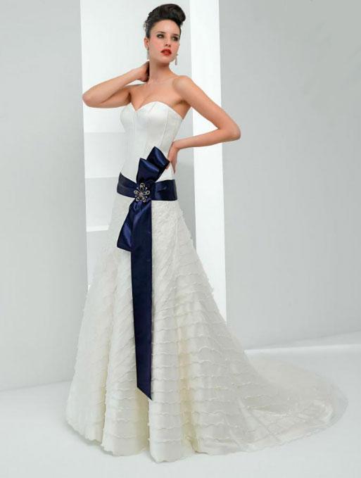 Pepe Botella vestido de novia