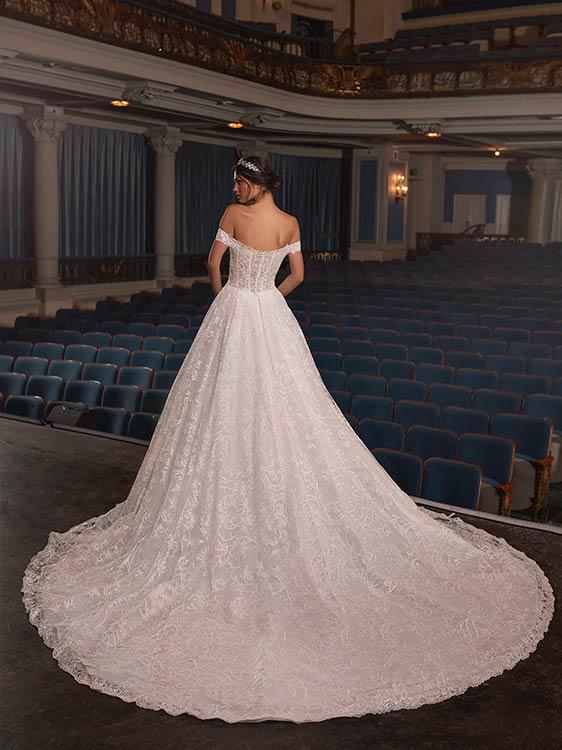 Pronovias vestidos de novia de encaje 2021