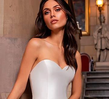 los mejores Vestidos de novia con escote de corazon de pronovias del 2021