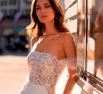 Vestidos de novia sexys Pronovias 2021