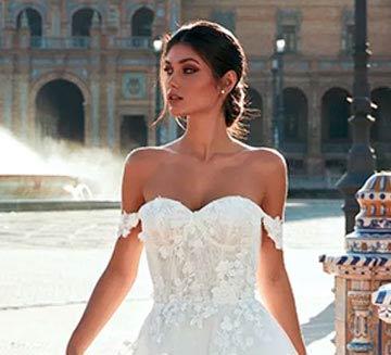 los mejores Vestidos de novia con escote de corazon de pronovias del 2022