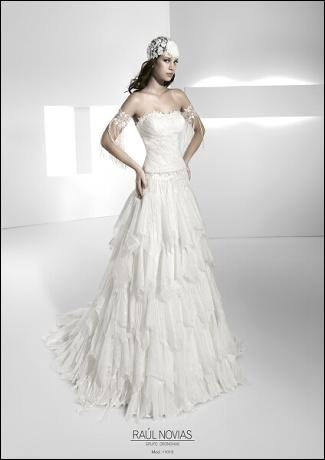 venta profesional materiales de alta calidad la venta de zapatos Vestidos Ibicencos de novia de Raul Novias