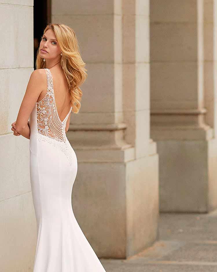 Rosa Clara vestido de novias 2021 Tarac