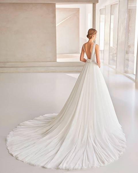 Rosa Clará vestidos 2022 - Modelo Bailen