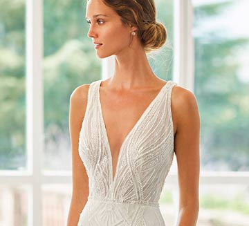 Vestidos de novia de encajes Rosa Clára 2022