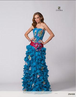 Model Novias vestidos de fiesta