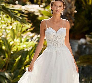 Vestidos de novia de princesa Adriana Alier