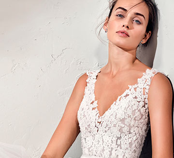 Vestidos de novia de Adriana Alier 2021