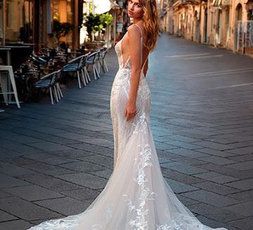 Vestidos de novia de sirena Nicole Milano
