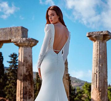 Vestidos de novia con mangas Nicole Milano 2022