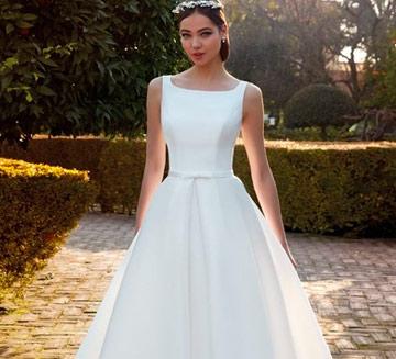 Vestidos de novia corte princesa Valerio Luna 2021
