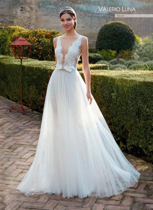 Vestido de Novia con escote en v de Valerio Luna 2021