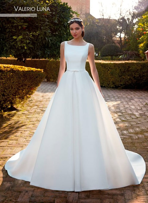 Vestido de novia sencillo Valerio Luna 2021 Dardo